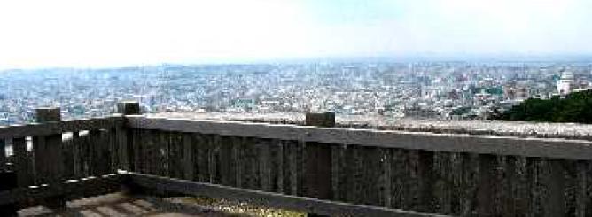 首里城と城下町について_小高い丘